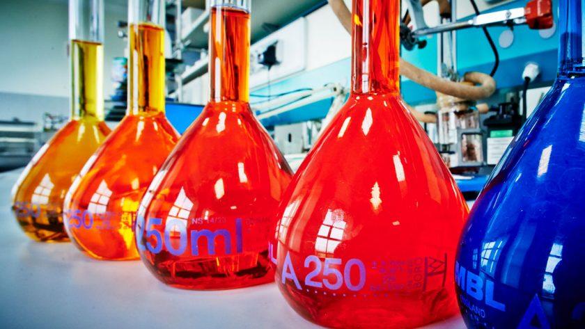 foto corporate identity chimica